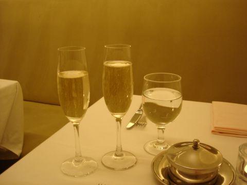 02_シャンパン.jpg