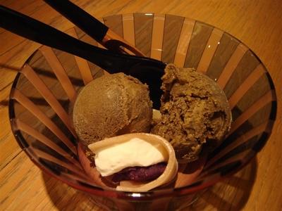 18_02_定番ほうじ茶アイス、紫芋の八ツ橋包み.jpg