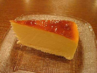 05_プティ・デセール_自家製チーズケーキ.jpg