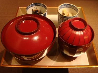 03_銀鰈西京焼きと出汁巻き玉子の三段弁当.jpg