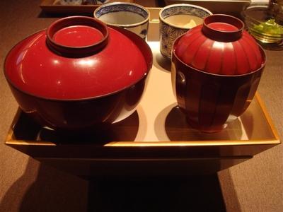 02_本日の煮魚の三段弁当.jpg