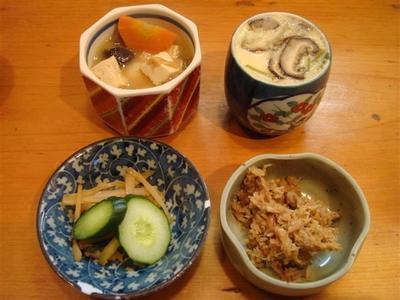 01_豚汁・茶碗蒸し・おかか・お漬物.jpg