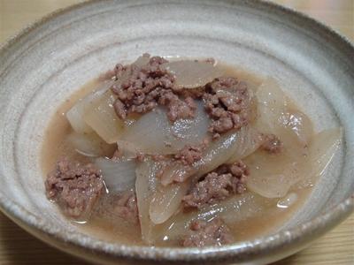 02_牛ひき肉と新玉ねぎのすき焼き風煮物.jpg