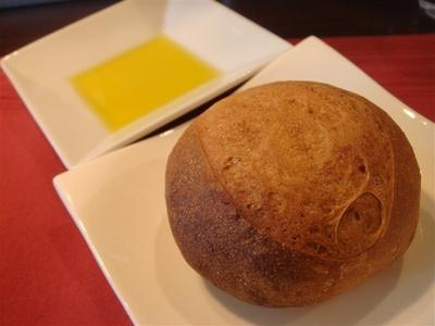 03_自家製パン.jpg