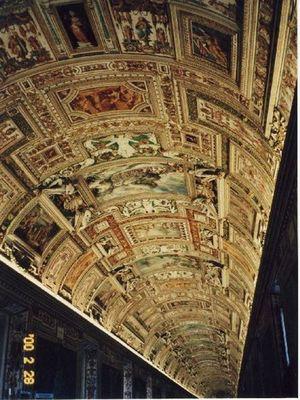 地図のギャラリーの天井画_R.jpg