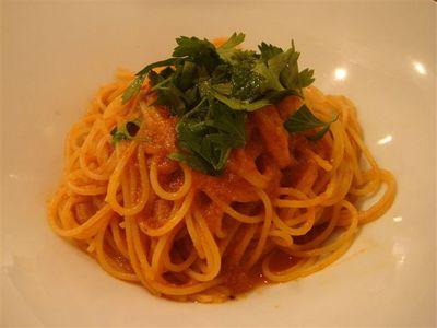 02・ワタリガニのトマトソーススパゲティ