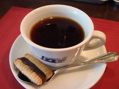 コーヒーとクッキー.jpg