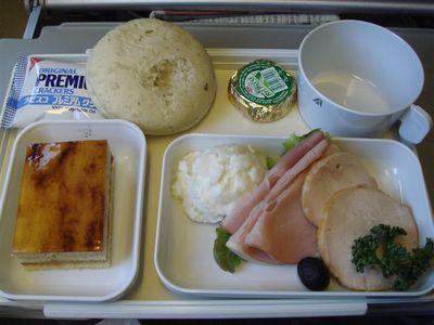 05・アリタリア航空・機内食・二食目・朝食.jpg
