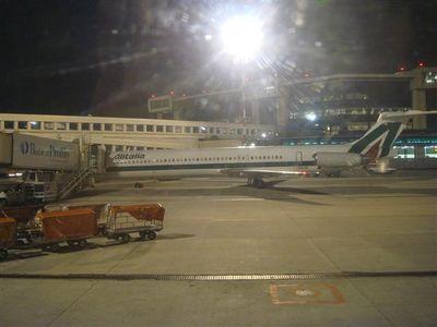 10・マルペンサ空港で乗り換えてヴェネツィア・マルコ・ポーロ空港へ.jpg