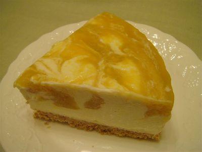 24_マンゴーレアチーズケーキ.jpg