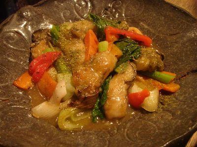 04_三陸産カキと有機野菜の炒め物.jpg