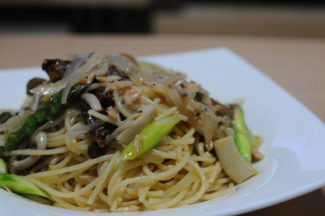 01_鮭とアスパラガスとキノコのスパゲティ.jpg